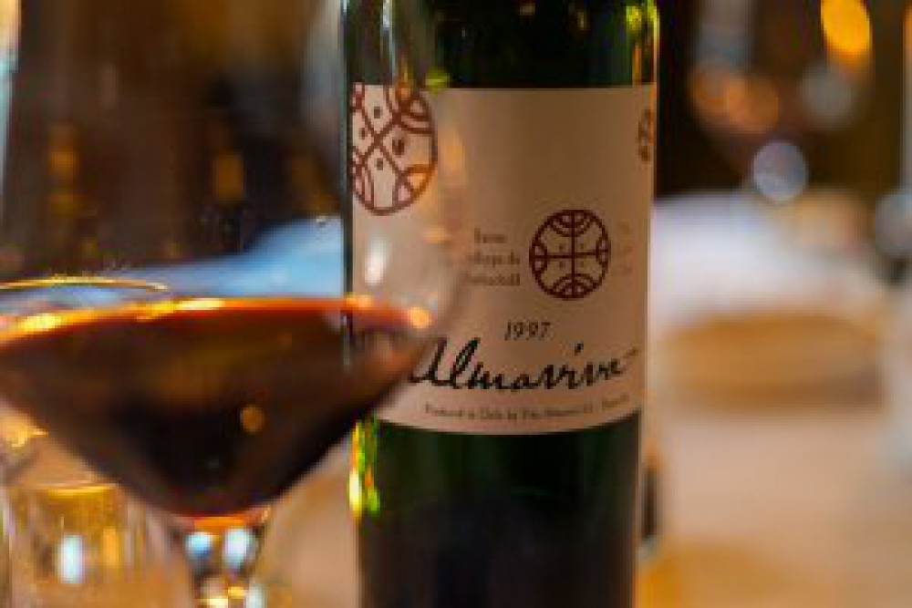 Surprising with Chile - Almaviva 1997