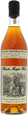 Black Maple Hill - 16 Years Old Premium Small Batch 47.5% NV