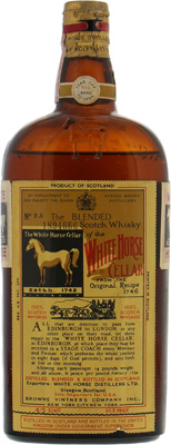 White Horse - 1950's 4/5 quart, 86.8 proof Spring Cap 43.4% NV
